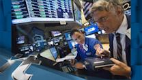 S&P 500 Latest News: Dow, S&P Stay Near Record Highs in Tight-Range Session