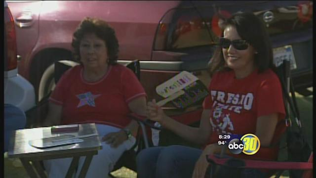 Fresno State tailgaters take extra precautions in the heat