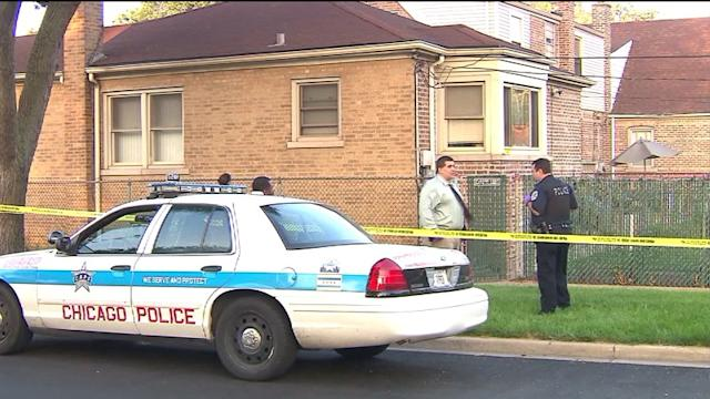 Suspected burglar stabbed by homeowner in West Pullman