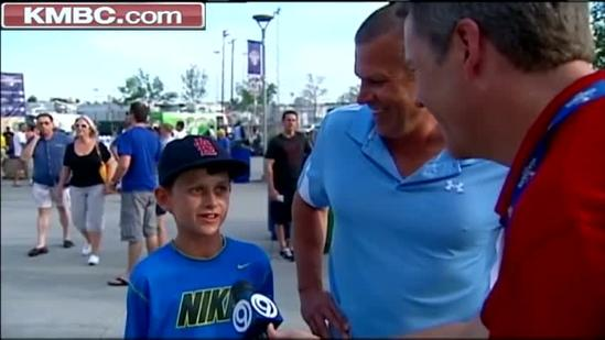 Stranger gives father, son tickets to home run derby