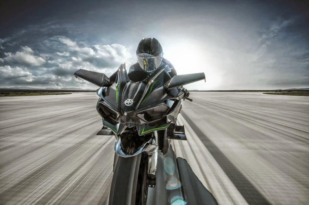 KAWASAKI開啟了機械增壓摩托車的新紀元。