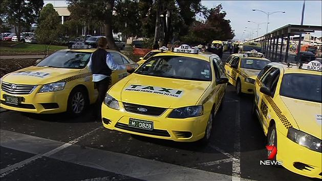 Angry cabbies threaten weekend chaos