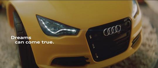 結果是Audi R8 Spyder!! 最大輸出:1屁孩力誤。