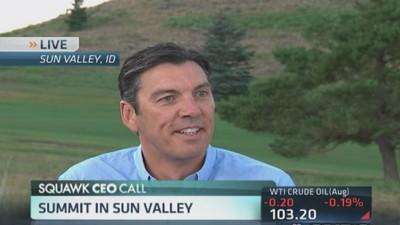 AOL CEO focuses on consumer content