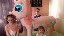 Ambitious Mom Builds Giant My Little Pony Cake