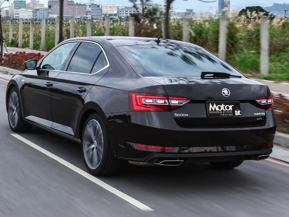 【路試報導】Škoda New Superb 2.0 TSI L&K特仕版
