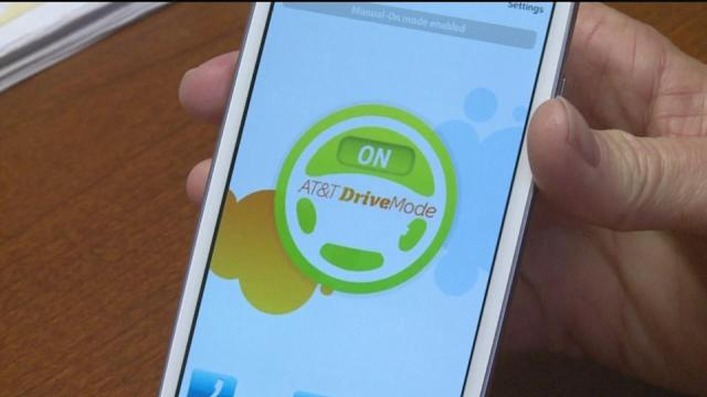 Phone apps help minimize distracted driving