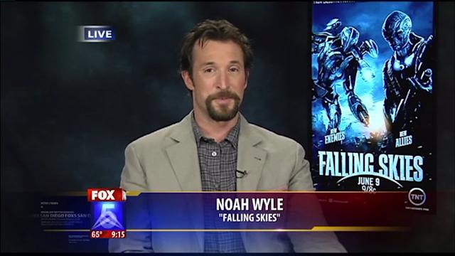 Falling Skies Star Dishes on Season Three