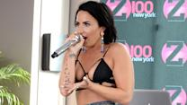 Demi Lovato: Halbnackt bei Poolparty