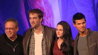 'Twilight' Convention: The Stars Tackle Fan Questions
