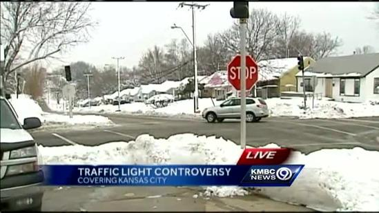 Residents to sound off on new KC traffic light plan