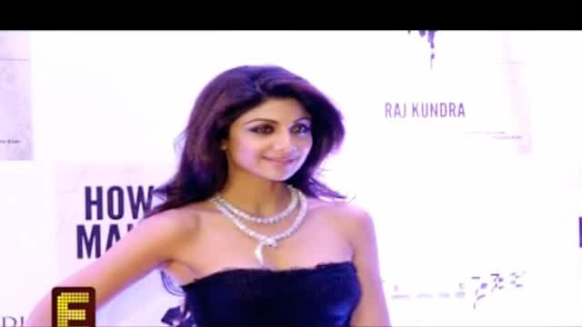 Shilpa Shetty spells 'HOT' and how!