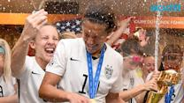Team USA, Poppin' Bottles Like Champs In Locker Room Turn Up