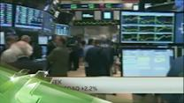 Latest Business News: Wall Street Perks Up as Growth Accelerates