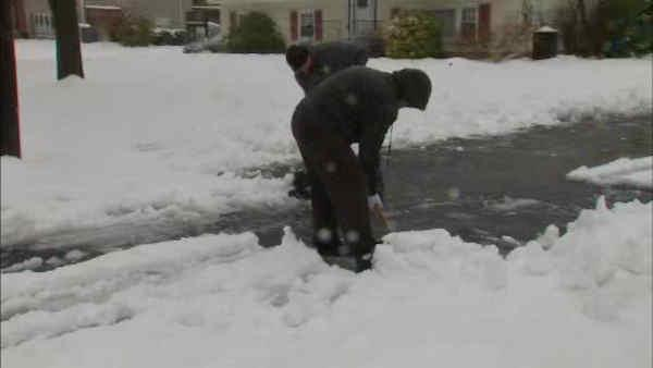 Snow piles up in Rockland County