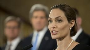 'Angelina Jolie Is A Brave, Heroic Woman,' Says Blogger Who Once Said She Looks Like An Alien