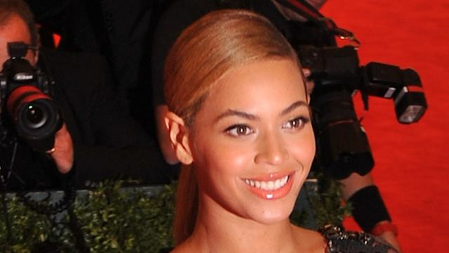 Gwyneth Paltrow 'boosts Beyonce's acting career'