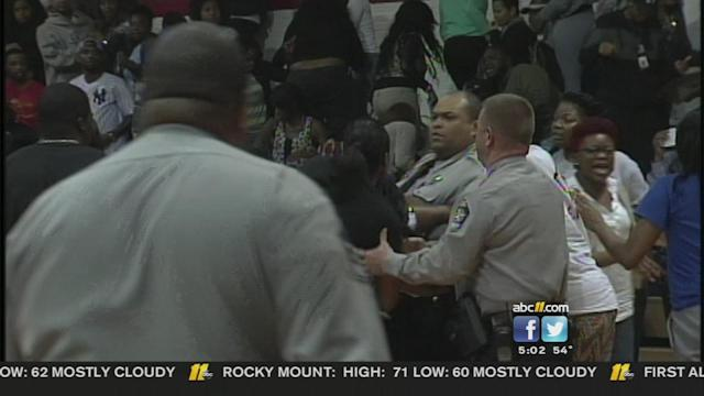 Huge fight breaks out at FSU, Shaw basketball game