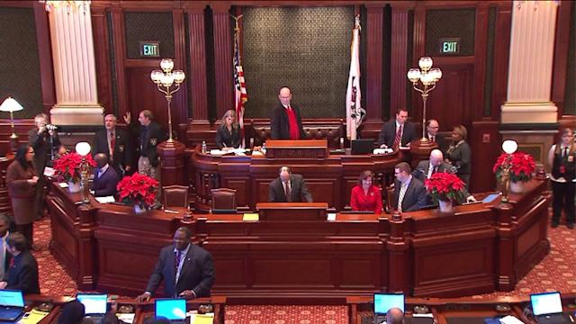 IL House passes pension reforms bill