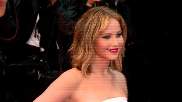 Stars shine on red carpet at Cannes Festival