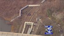 More than 60 injured, 4 dead in Metro-North derailment