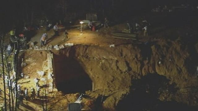 Crews find bodies of 2 NC children trapped in dirt