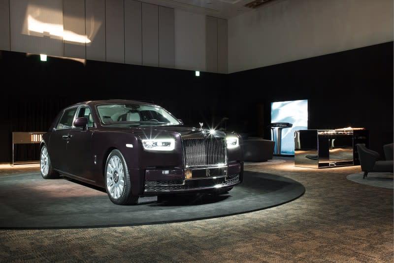 新一代Phantom再次挑戰「全球最寧靜車輛」頭銜,在史上最大體積以鑄鋁接合的White Body車殼中採用了重達130公斤的隔音系統。