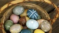 Natural Easter egg dyeing