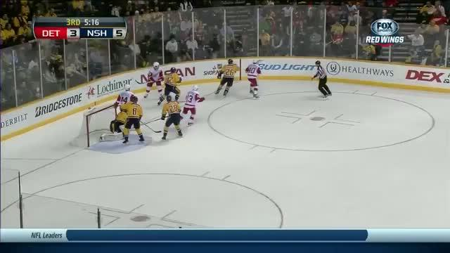 Patrick Eaves just beats Mazenc's glove