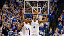 Kentucky Stays Perfect With Dominating Win Over Arkansas