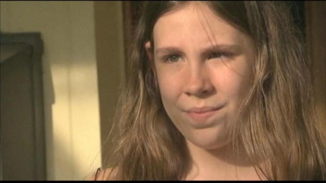 12-Year-Old Calls 911 During Burglary