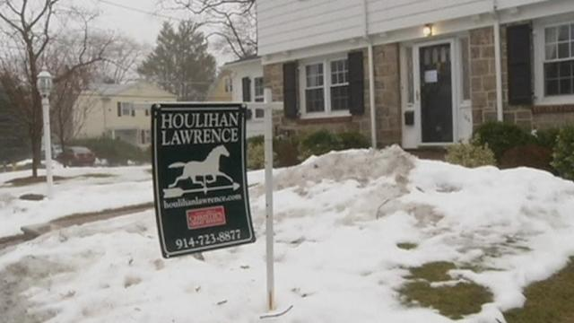 Home resales slip on winter freeze