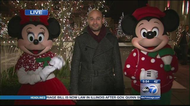 Mickey and Minnie Mouse test Magnificent Mile Lights