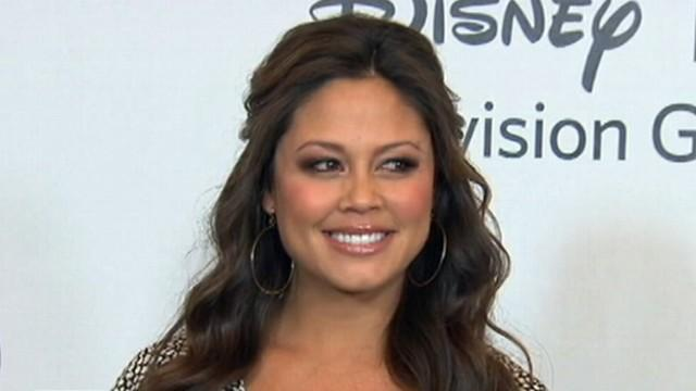 Vanessa Lachey Reveals Struggle With Postpartum Depression
