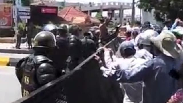 CNRP Supporters Protest Detention of Politicians