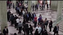 195K new jobs created last month; jobless rate stays the same