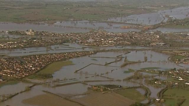 Storms drown large parts of UK