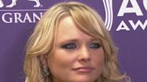 ACM Awards Backstage 2013: Miranda Lambert Gets Emotional
