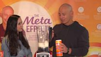 Making a healthy smoothie with Harley Pasternak