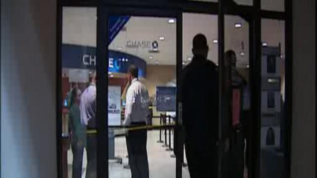 Woman Robs Chase Bank