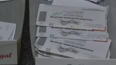 Officials seeing few ballot mistakes in Miami