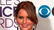 WOWtv - Jennifer Lawrence Too Busy to Be Cocky