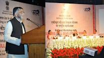 Textiles Minister inaugurates workshop on Integrated Skill Development Scheme