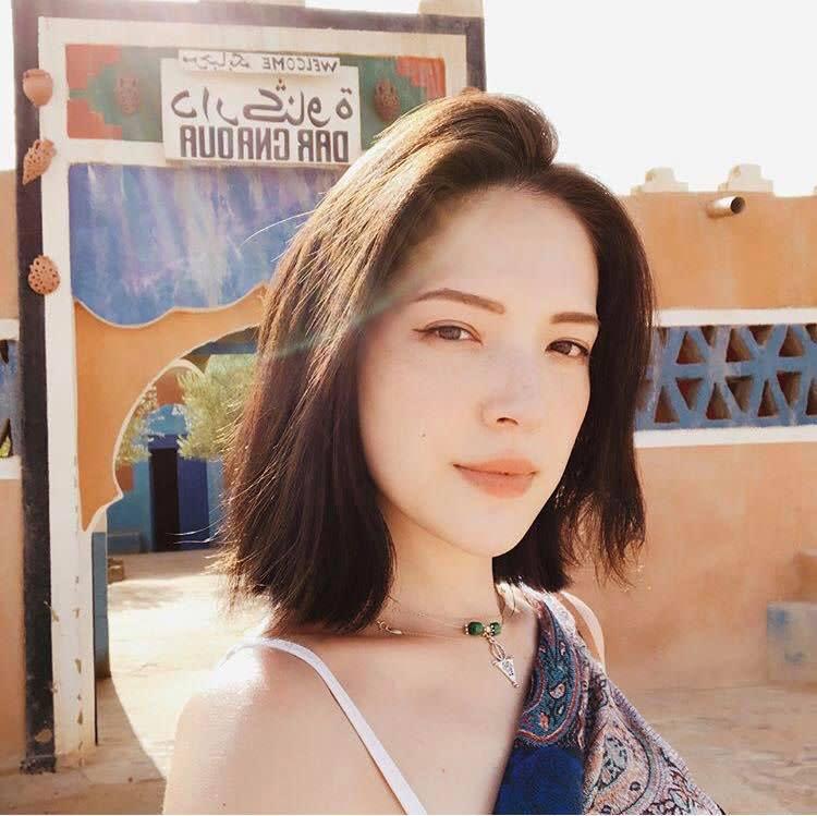 美成仙了!許瑋甯勇闖摩洛哥撒哈拉,肌膚無畏乾燥炎熱依然嫩出水的秘密是…