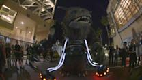 How to Make a Giant Creature - Alien Cop Car Invades San Diego Comic-Con 2014