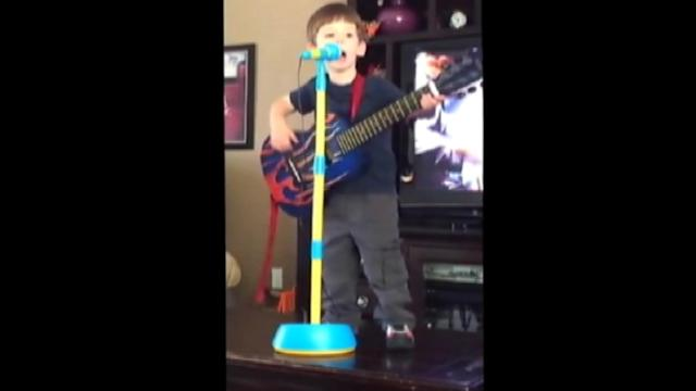 3-Year-Old Is Phillip Phillips' Biggest Fan