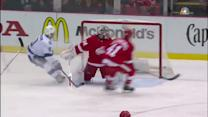 Johnson buries quick shot past Mrazek's blocker