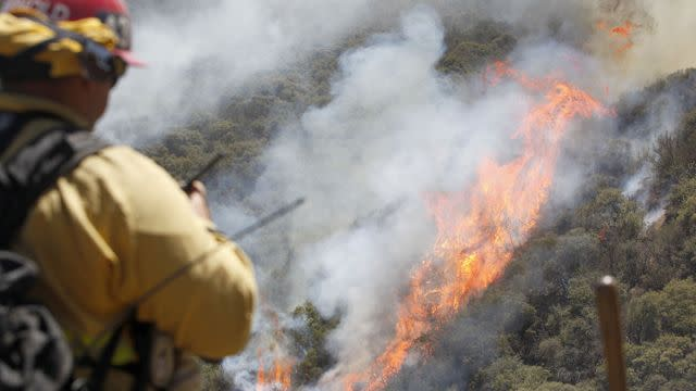 New Southern California wildfire forces thousands from homes
