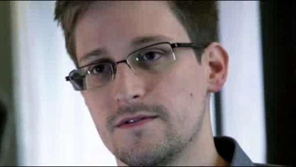 Snowden awaits asylum decision in Russia