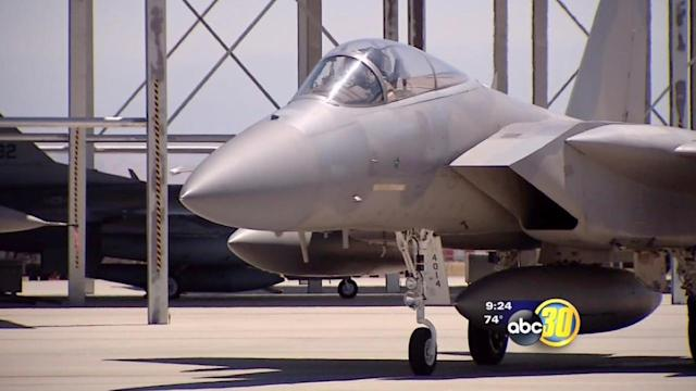 F-15 Fighter Jet touches down in Fresno